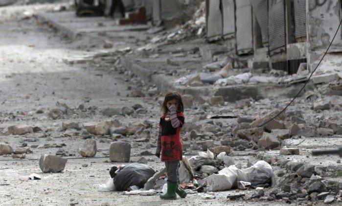 Crianças em países com conflitos tem menores chances de acesso ao saneamento básico.