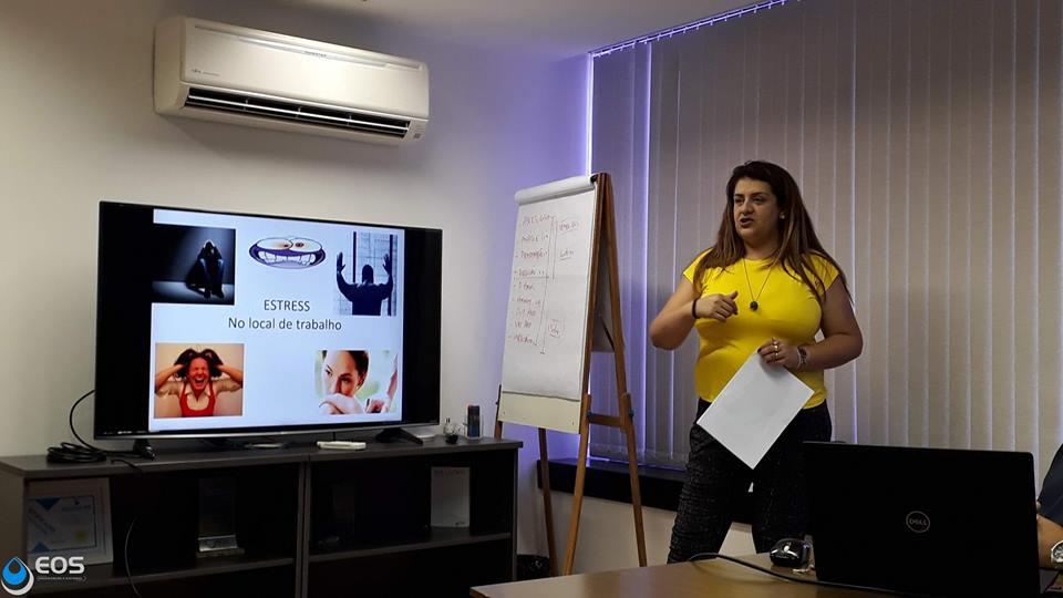 Assistente Social e Gerente Administrativa do CAPS III - Afrodite Dóris Contis