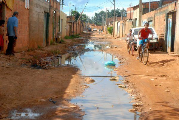 Falta de infraestrutura para saneamento