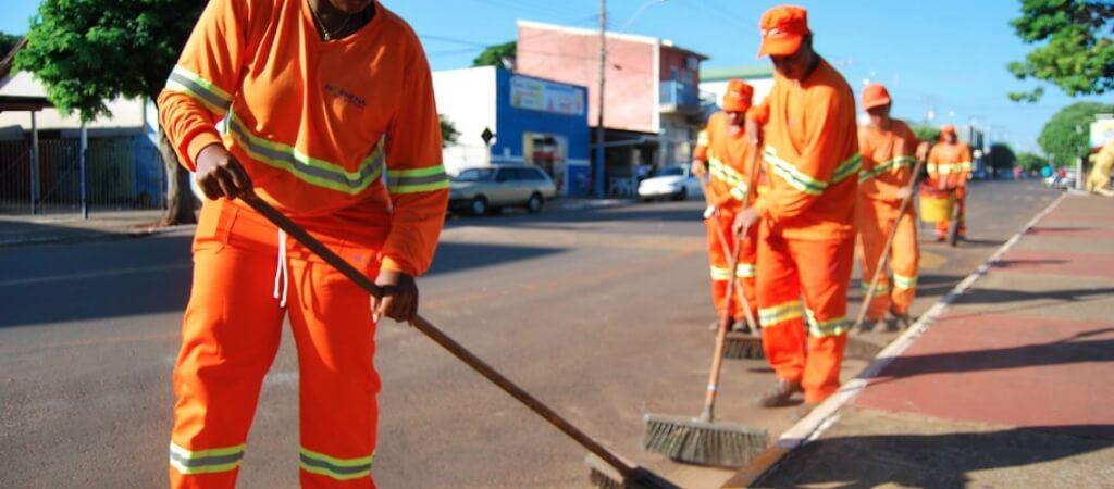 Limpeza Urbana_ varrição